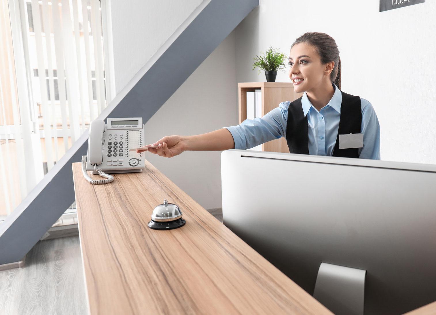 Szkolenie recepcja, praca na recepcji w hotelu